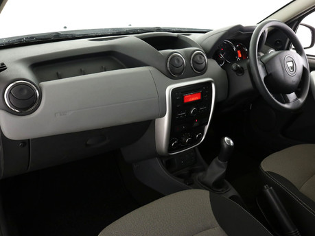Dacia Duster DUSTER AMBIANCE 1.6 16V 115 4X 8