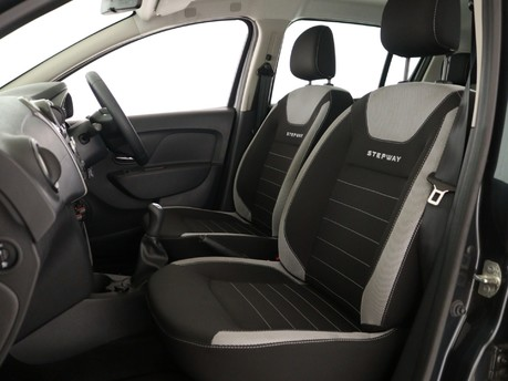 Dacia Sandero Stepway 0.9 TCe Ambiance 5dr Hatchback 8