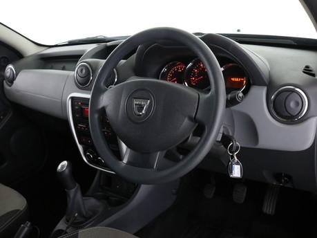 Dacia Duster 1.6 16V 115 Ambiance 5dr Estate 8