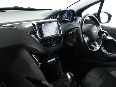 Peugeot 2008  1.2 PureTech Allure 5dr Estate 7