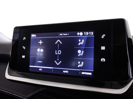 Peugeot 2008 1.2 PureTech 130 Allure Premium 5dr EAT8 12