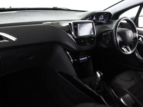 Peugeot 2008 1.2 PureTech Allure 5dr 8