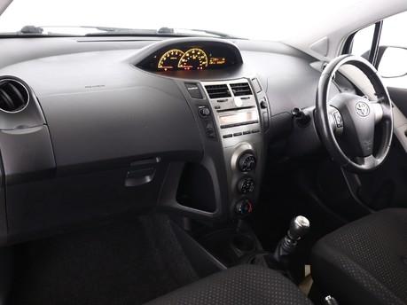 Toyota Yaris 1.4 D-4D TR 5dr [6] 6