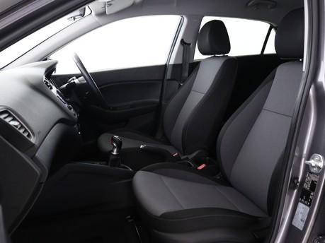 Hyundai I20 1.0 T-GDi Play 5dr 8