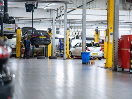 Peugeot Service & MOT