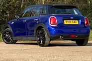 Mini Hatch COOPER D 7