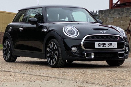 Mini Hatch COOPER S EXCLUSIVE 19