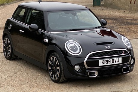 Mini Hatch COOPER S EXCLUSIVE 24