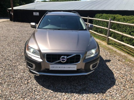 Volvo XC70 2.4 D5 SE Lux Geartronic AWD 5dr 3