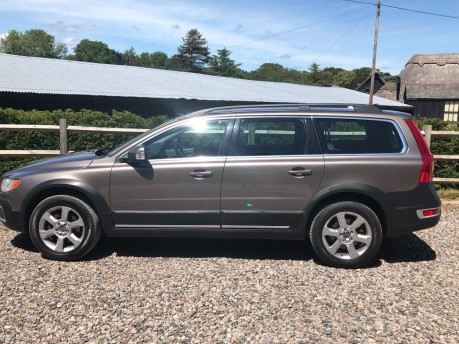 Volvo XC70 2.4 D5 SE Lux Geartronic AWD 5dr 4