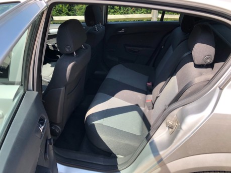 Vauxhall Astra ACTIVE 16V TWINPORT 10