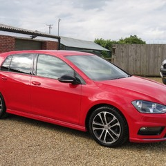 Volkswagen Golf R-LINE TDI BLUEMOTION TECHNOLOGY 2