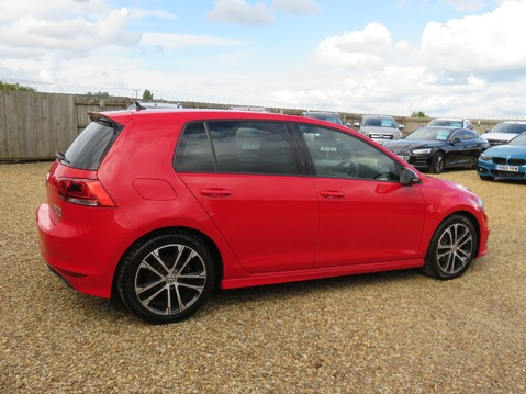 Volkswagen Golf R-LINE TDI BLUEMOTION TECHNOLOGY 16