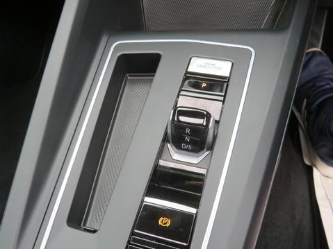 Volkswagen Golf R-LINE TDI DSG AUTO 9