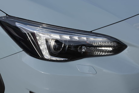 Subaru XV E-BOXER SE PREMIUM 7
