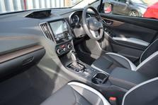 Subaru XV E-BOXER SE PREMIUM 8