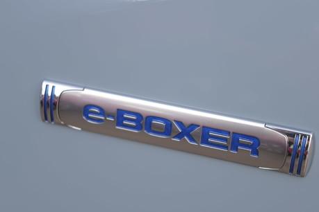 Subaru XV E-BOXER SE PREMIUM 15