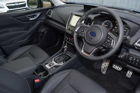 Subaru Forester E-BOXER XE PREMIUM 16