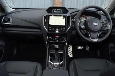 Subaru Forester E-BOXER XE PREMIUM 18