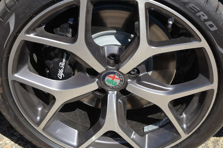 Alfa Romeo Giulia TB LUSSO TI 6