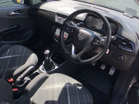 Vauxhall Corsa LIMITED EDITION S/S 9