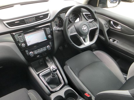 Nissan Qashqai N-CONNECTA DIG-T 14