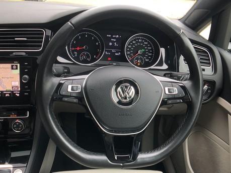 Volkswagen Golf GT TSI EVO DSG 19