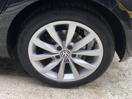 Volkswagen Golf GT TSI EVO DSG 44