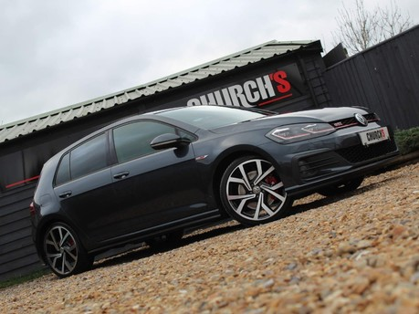Volkswagen Golf GTI PERFORMANCE TSI DSG