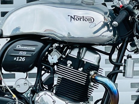 Norton Dominator SS 960 961 Naked 2