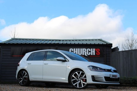 Volkswagen Golf GTI PERFORMANCE DSG 2