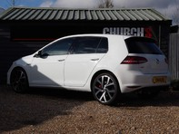 Volkswagen Golf GTI PERFORMANCE DSG 11