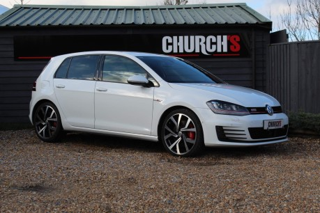 Volkswagen Golf GTI PERFORMANCE DSG 13