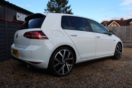Volkswagen Golf GTI PERFORMANCE DSG 16
