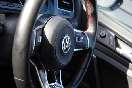 Volkswagen Golf GTI PERFORMANCE DSG 17