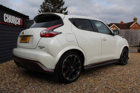 Nissan Juke NISMO RS DIG-T 16