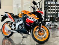 Honda CBR CBR 125 R-C 4