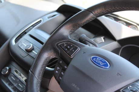 Ford Focus ST-3 11