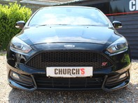 Ford Focus ST-3 13
