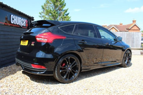 Ford Focus ST-3 16
