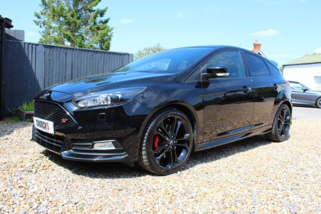 Ford Focus ST-3 17
