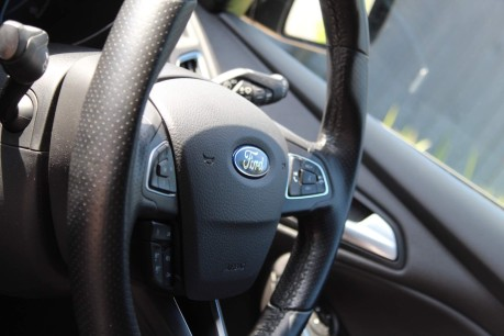Ford Focus ST-3 18