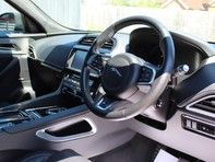 Jaguar F-Pace S AWD 3