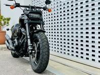 Harley-Davidson Dyna SOFTAIL FAT BOB 114 18 28