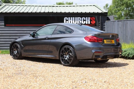 BMW M4 M4 COMPETITION 10
