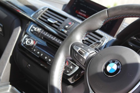 BMW M4 M4 COMPETITION 11