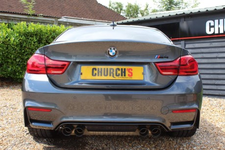 BMW M4 M4 COMPETITION 18