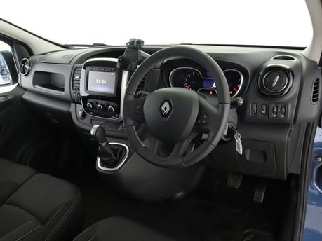 Renault Trafic LL30 ENERGY dCi 170 Sport Nav Crew Van EDC 12