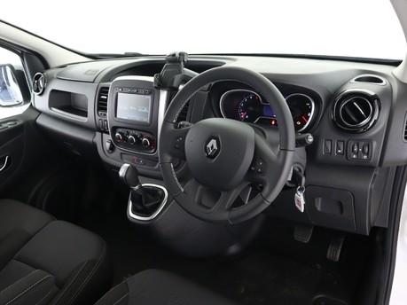 Renault Trafic LL30 ENERGY dCi 170 Sport Nav Crew Van EDC 14