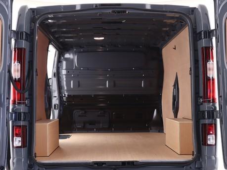 Renault Trafic LL30 ENERGY dCi 170 Black Edition Van EDC 8